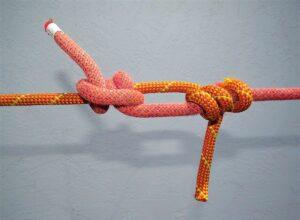 """""""12 възела"""" е метод за самолечение и самопомощ, създаден от френския психолог Емил Куе."""